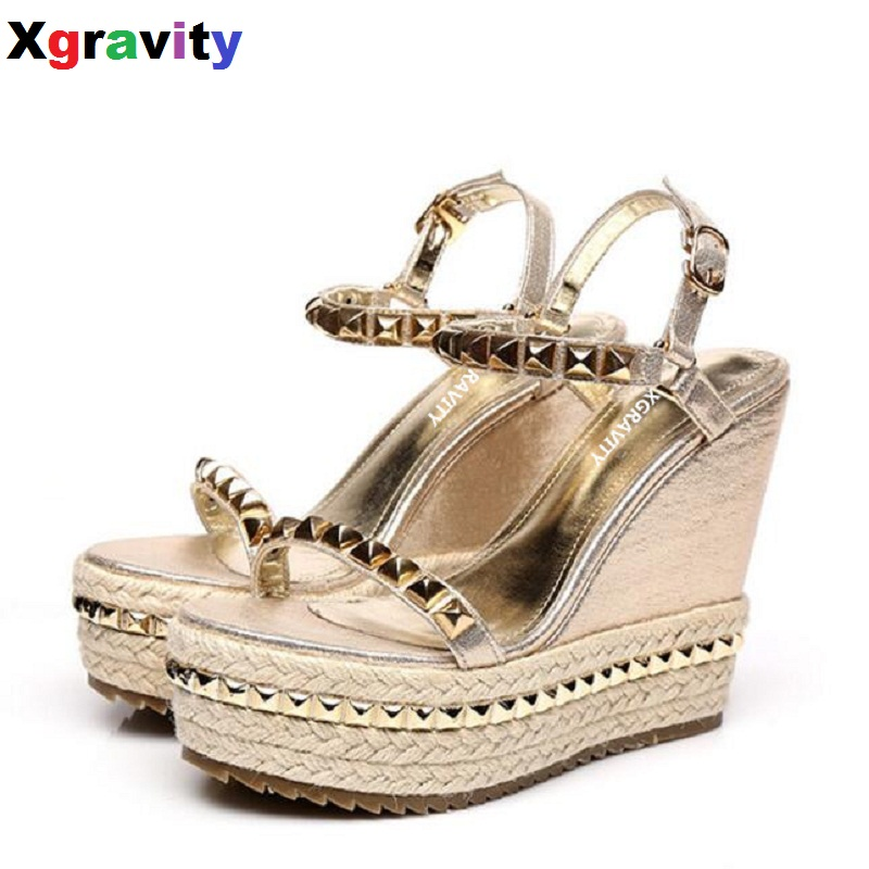 Sexy Lady Summer Lady Fashion High Heel Gold Wedge Sandals Elegant Flower Rivets Design Lady Fashion Black Color Lady Shoes B283 elegant lady lace flower and fascinator veil design banquet party black cocktails hat