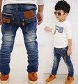 2015 otoño primavera los niños coreanos muchachos de la ropa salvaje pantalones chico cintura elástica pantalones lavado de mezclilla slim Fit pantalones para 4-10Y
