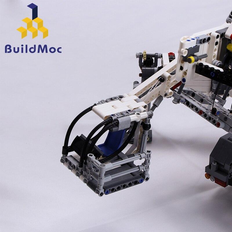 BuildMOC nueva potencia grúa móvil construcción LTM11200 RC LiebherrTechnic Motor Kits bloques cumpleaños regalo C104-in Bloques from Juguetes y pasatiempos    3
