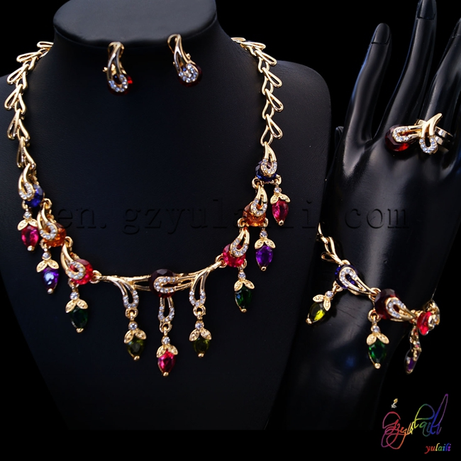 Free Shipping High Quality Necklace Set Jewelry Unique Statement Anniversary Copper Alloy Four Jewelry Set alloy fringe statement necklace