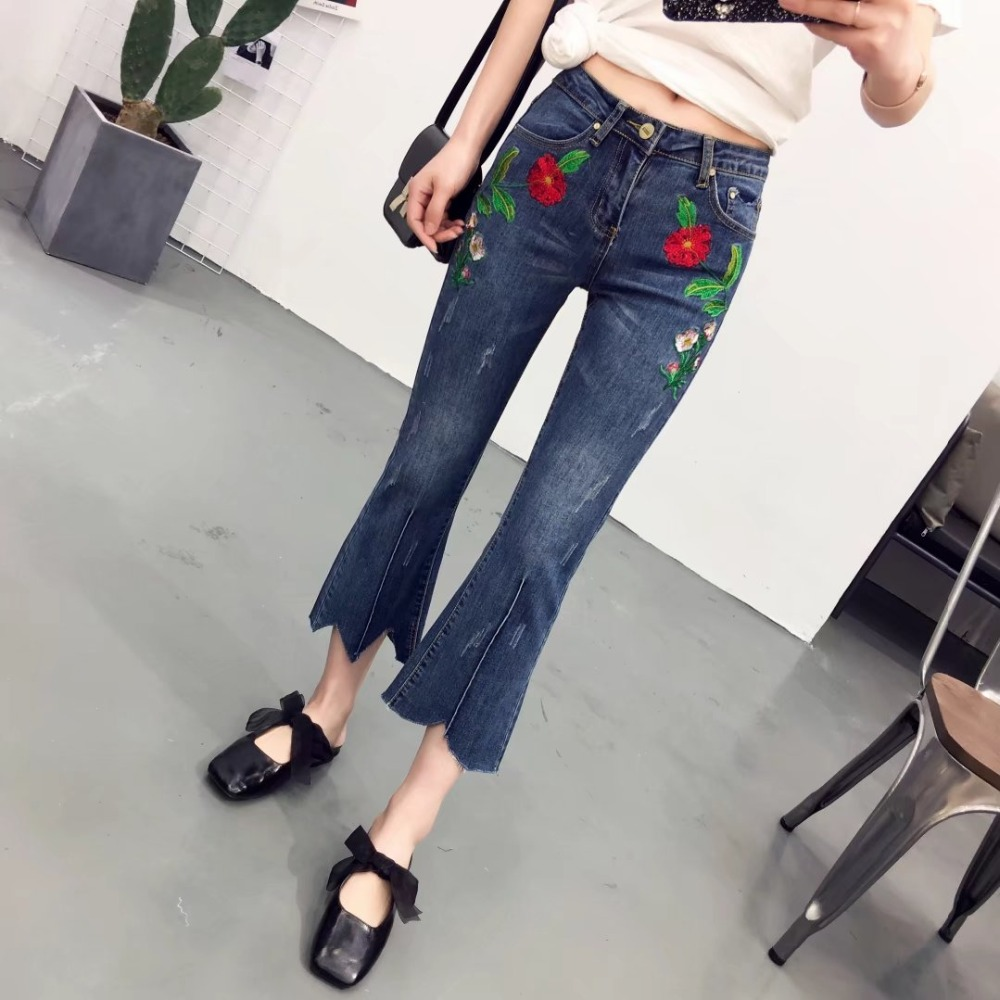 2017 Spring  Fashion Women Jeans Floral Embroidery Ripped Boot Vintage Denim Flare Pants Casual Low waist Ankle-length Trousers new summer vintage women ripped hole jeans high waist floral embroidery loose fashion ankle length women denim jeans harem pants