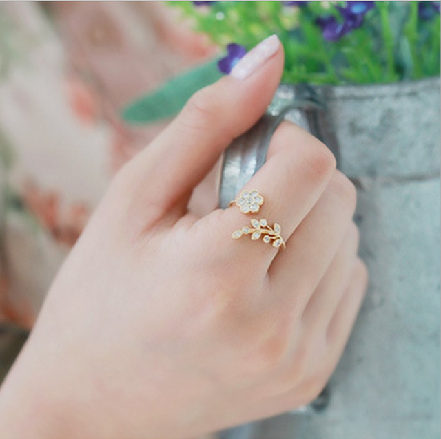 Mossovy Leaves Flower Engagement Rings Fashion Jewelry for Woman Accessories Cha