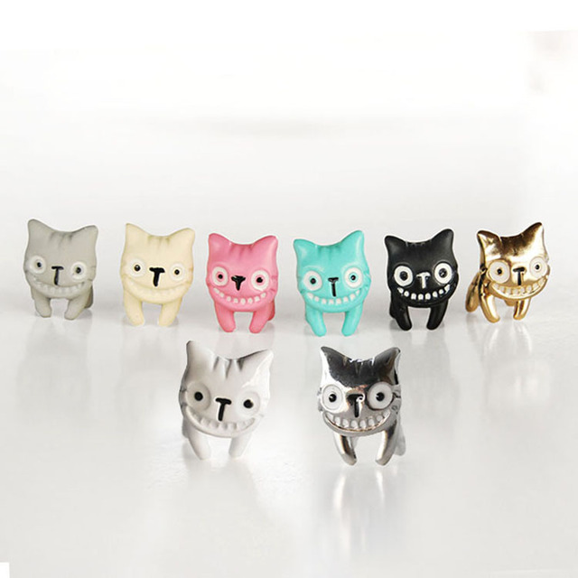 Сережки в форме улыбающейся кошки в ассортименте 2