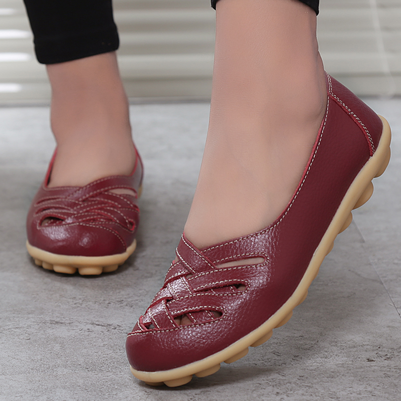 2018 New Fashion Summer Woman Flats Cut-outs Breathable Flats Shoes Solid Color Comfortable Round Toe Women Casual Shoes YST181 2017 autumn fashion real leather women flats moccasins comfortable summer ladies shoes cut outs loafers woman casual shoes st181