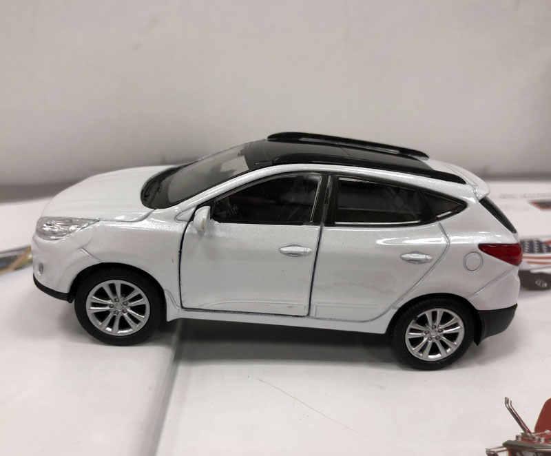 Welly Tỉ Lệ 1/36 Xe Ô Tô Đồ Chơi Mô Hình Hàn Quốc Hyundai Tucson IX35 SUV Diecast Kim Loại Lực Đồ Chơi Mô Hình Cho Quà Tặng /Trẻ Em/Bộ Sưu Tập
