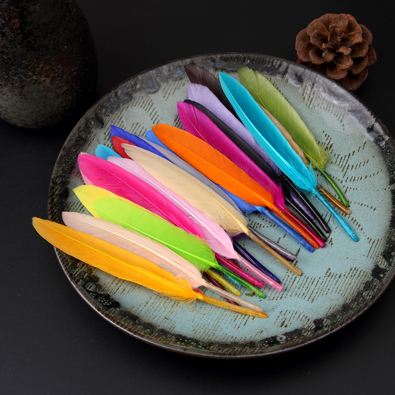 New Arund 100pcslot Natural Beautiful Goose Feather Decoration 8~13 cm Many Colors for Choosing