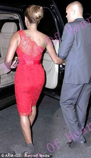 conew_high-quality-one-shoulder-red-lace-celebrity-red-carpet-lace-dress-sexy-club-dress-2014-vestidos (4).jpg