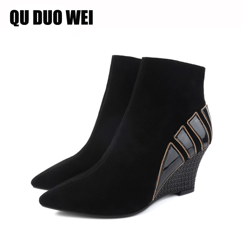QUDUOWEI New Short Barrel Genuine Leather Ankle Boots For Women Pointed Toe Wedge Boots Black Women's Fashion Shoes Botas Mujer nayiduyun women genuine leather wedge high heel pumps platform creepers round toe slip on casual shoes boots wedge sneakers