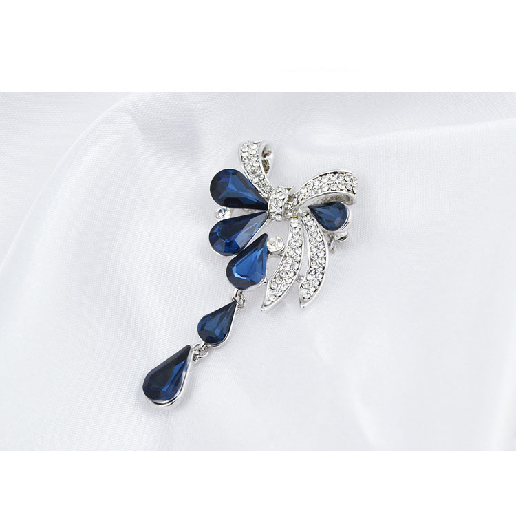 CINDY XIANG New Arrival Fashion Bow Brooches for Women Rhinestone Water-drop Style Brooch Pin 3 colors Available Summer 2021 5
