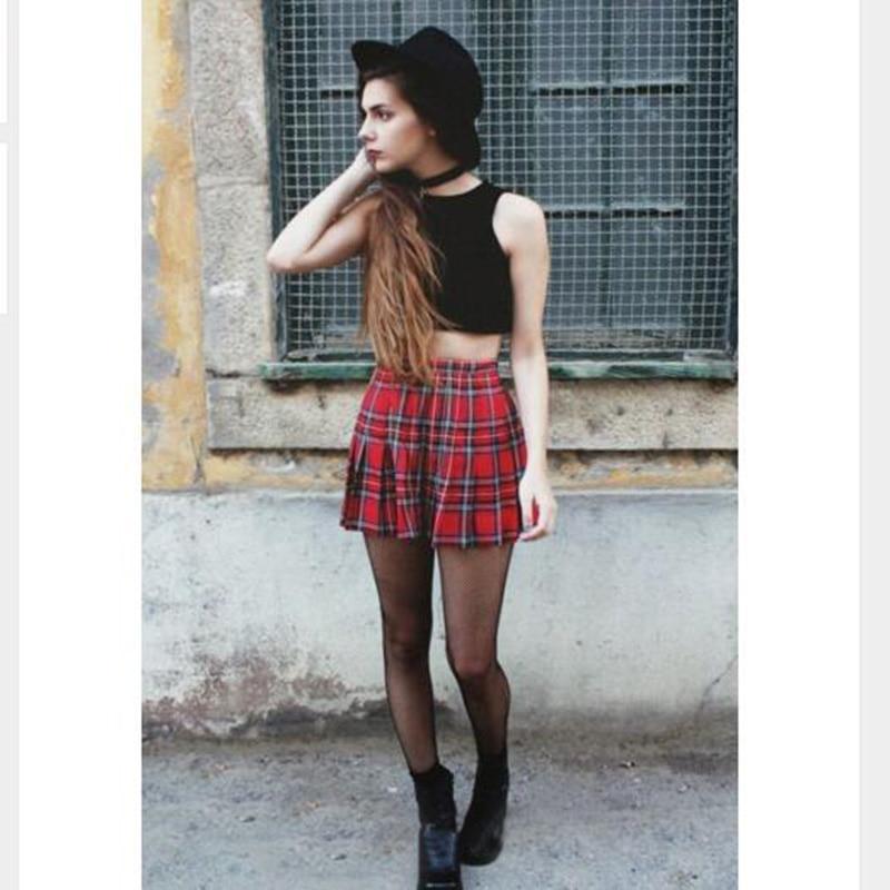 Faldas cortas sexy adolescente