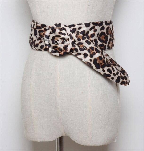 LANMREM 2019 nueva moda Leopardo de impresión de doble cara de terciopelo del todo-fósforo de ancho cinturón mujer Ropa Accesorios YE898