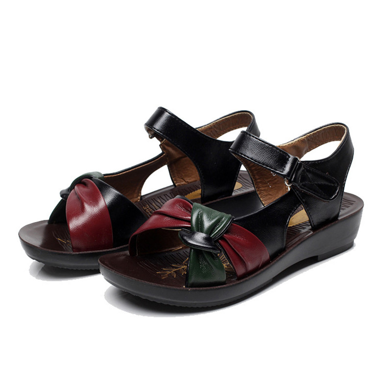 e35ff248bf1b MVVJKE-2018-summer-Mother-shoes-flat-sandals -women-aged-leather-Soft-bottom-mixed-colors-fashion-sandals.jpg