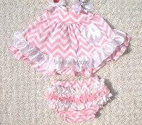 2018 Estilo Verão Top Balanço Do Bebê Set Roupas Meninas Do Bebê Irritar Bloomer Outfits Pink Bow Patchwork Roupas KP-SW024 Neborn