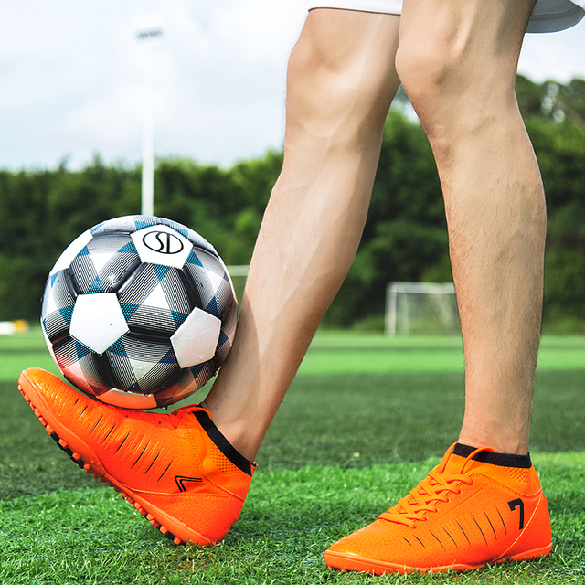 831269dc08e 2018 Men Football Boots Superfly Original Messi Soccer Cleats Academy TF  Hard Court Trainers Soccer Shoes Women Sneakers