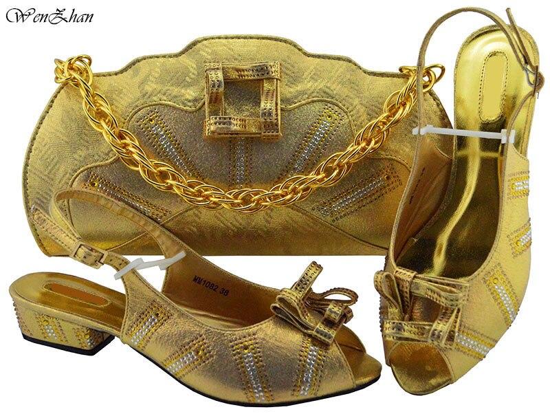 38 Sac Partie La Assortis B811 Et Les Mariage Bon Foncé Chaussures Sellling Sacs 43 24 Lady Doux Avec Bleu À Le Assortir Pour 1wYZqH7aY