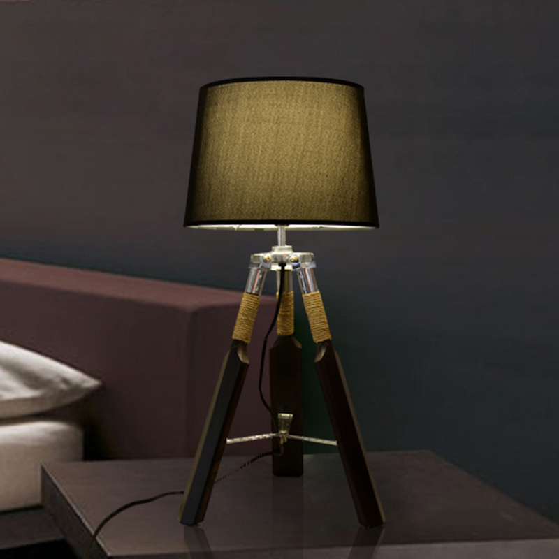 Baroque Lamp Wooden Tripod Table Lamp Modern Minimalist Table Lamp