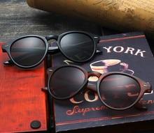 93af53565c Gafas el Nuevo 2017 película de color gafas de sol caliente de estilo  clásico de moda de los hombres y las mujeres para restaura.