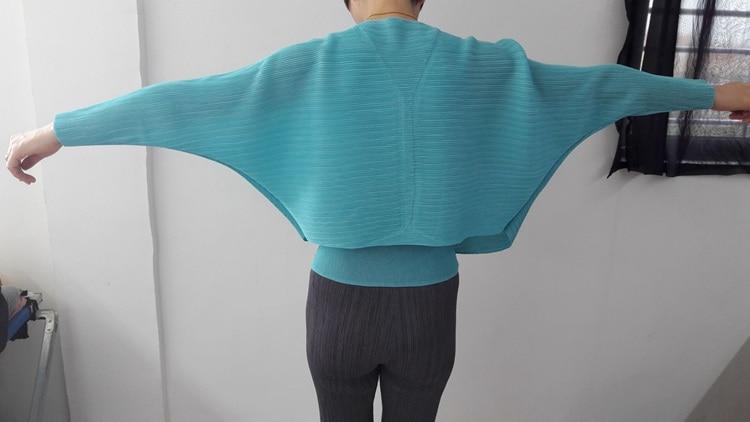 Plier Miyake bleu Livraison Plissé kaki Noir Blue Blue lake Gratuite Mode pourpre Vêtements De Manteau vert jaune Femmes dark gqrHqd