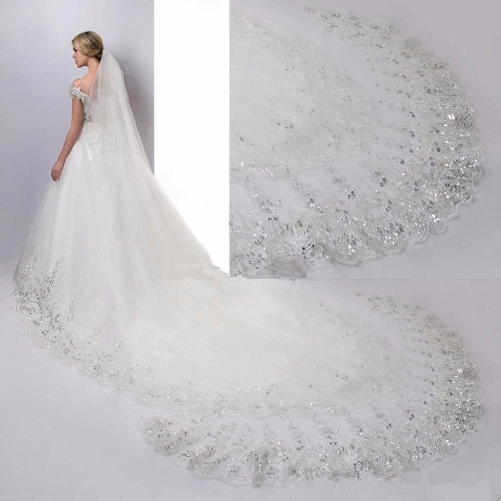 4 meters Cathedral Wedding Veil Long Lace Edge Bridal Veil with Comb Wedding Accessories Wholesale-in Bridal Veils from Weddings & Events