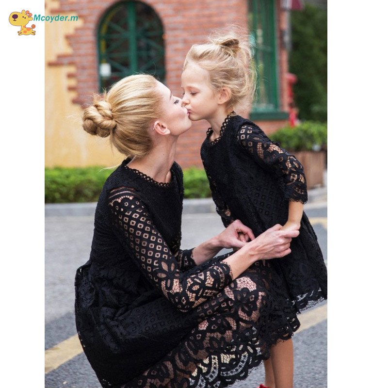 2018 Fashion Mother Daughter Dresses Girls Lace Dress Family Matching Outfits Mae e Filha Vestido family matching clothes fashion mother daughter dresses summer 2017 flower print mom and daughter dress family matching clothes mae e filha family look page 4