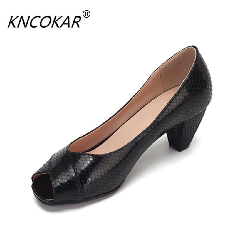 In spring and summer of 2017 the new leather with fish mouth shoes female thick with shallow mouth lady working women's shoes, s the new type of diamond mother sandals lady leather fish mouth flowers with leather high heeled shoes slippers women shoes