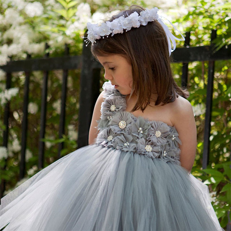 Подробнее о Girls Dresses Summer 2017 Designer Princess Dress Girl Clothes grey flower Baby Girl Party Kids Costume Robe Fille one Shoulder robe fille 8 ans baby girl dress children clothing party casual princess dress girl for girls clothes kis dresses summer 2017