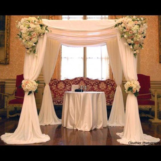 3 M * 3 M * 3 M couleur blanche auvent carré drapé/chuppah/tonnelle drapé swag pour la décoration de mariage, inclure drapé et support