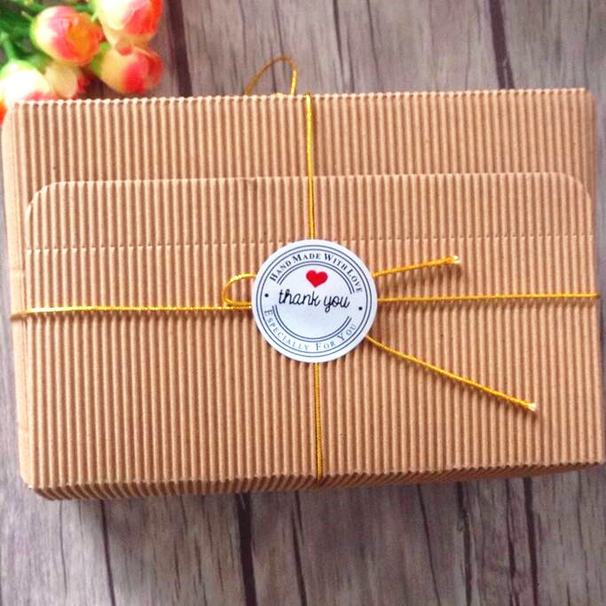 Купить с кэшбэком 100 pieces Thank You Love Self Adhesive sealing Stickers Kraft Label Sticker DIY Hand Made Gift Cake Candy Paper Tags
