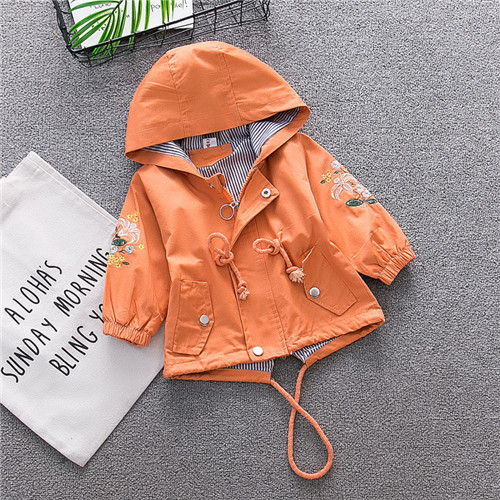 c54a23672 Embroidered Girls Coat 2018 Autumn Jackets For Baby Girls Jackets Kids Warm  Outerwear Coats Baby Jacket