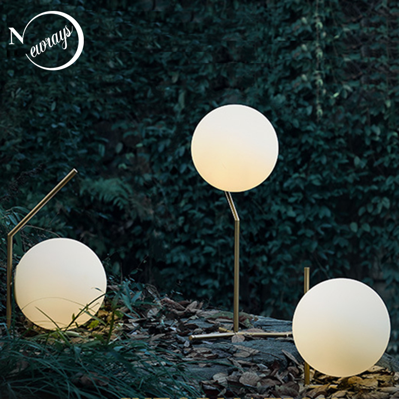 Modern art deco iron glass table lamp simple ball shaped desk lamp LED E27 with 3 styles for living room bedroom study office modern mini funny grey concrete cement bedside table lamp for bedroom desk lamp e27 e26 for office living room study room