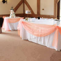 10 M * 1.35 M couleur pêche pure Swag bricolage Organza Swag tissu pour la décoration de mariage, toile de fond rideau et décoration de table