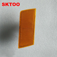 SKTOO לקרייזלר 300C פינת פגוש קדמי מנורת רפלקטור רפלקטיבית רישוי מנורת איתות פגוש הקדמיים קצה צהוב