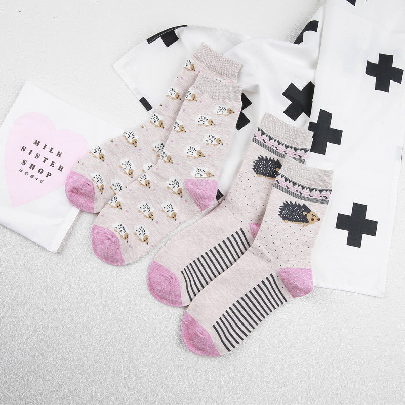 [PEONFLY] New style Cute Hedgehog animals lovely cartoon cotton   socks   Dot stripe Creative colorful   socks   beautiful floor   socks