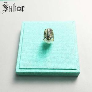 Image 3 - Pendant Frog silver color Green Zirconia For Women Gift Key Chains Jewelry Pendant Fit Necklace thomas