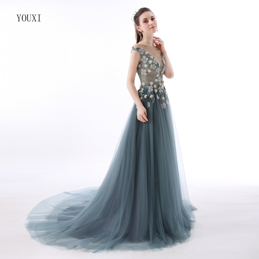 Abendkleider Lang Sexy Lace Prom Dresses 9 Sheer Plunging Neckline  Appliqued Party Gowns Tulle Beads Evening Formal Gowns September 9