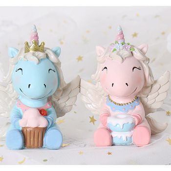 Cute Unicorn Cake Decoration