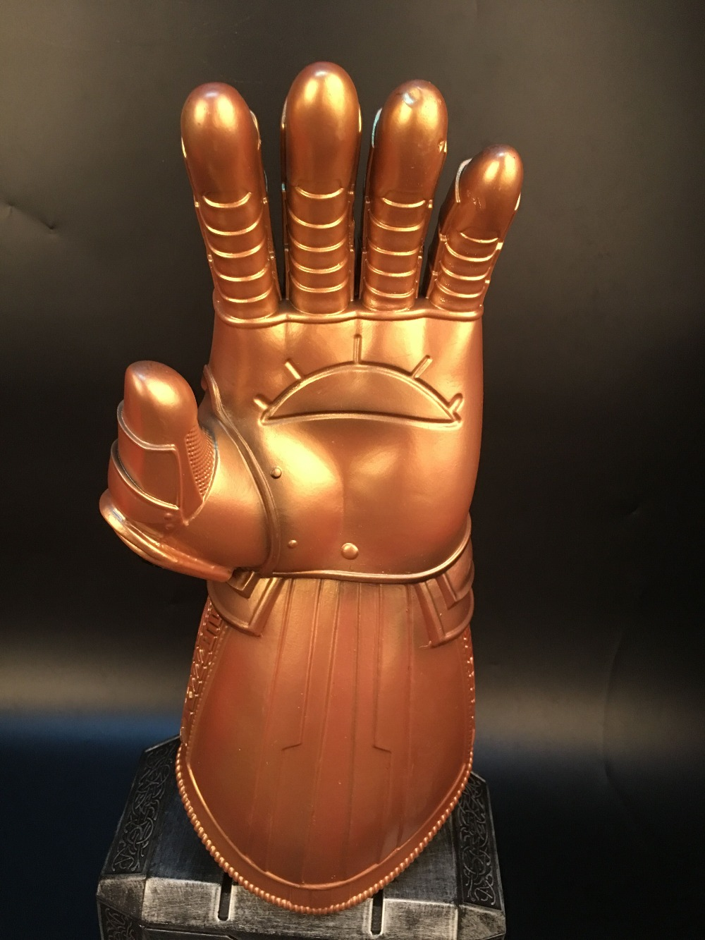 Avengers Infinity War Infinity Gauntlet LED Light Thanos Gloves Cosplay Prop AM