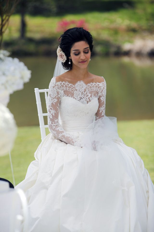 Country-Style-Boat-Neck-Wedding-Dress-wi