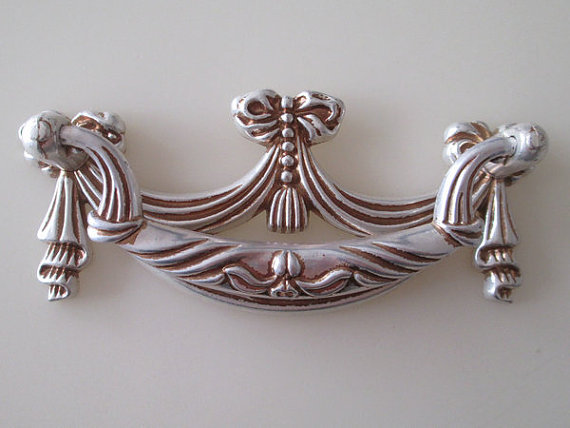 Shabby Chic Dresser Pull Drawer Pulls Door Handles Antique Silver / French  Country Vintage Furniture Cabinet Knobs Pull Handle In Cabinet Pulls From  Home ...