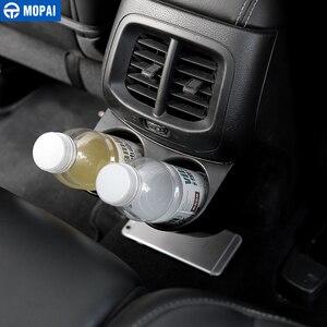 Image 2 - MOPAI ABS Auto Innen Hinten Sitz Armlehne Getränke Tasse Halter Dekoration Abdeckung Aufkleber für Jeep Cherokee 2014 Up Auto Styling