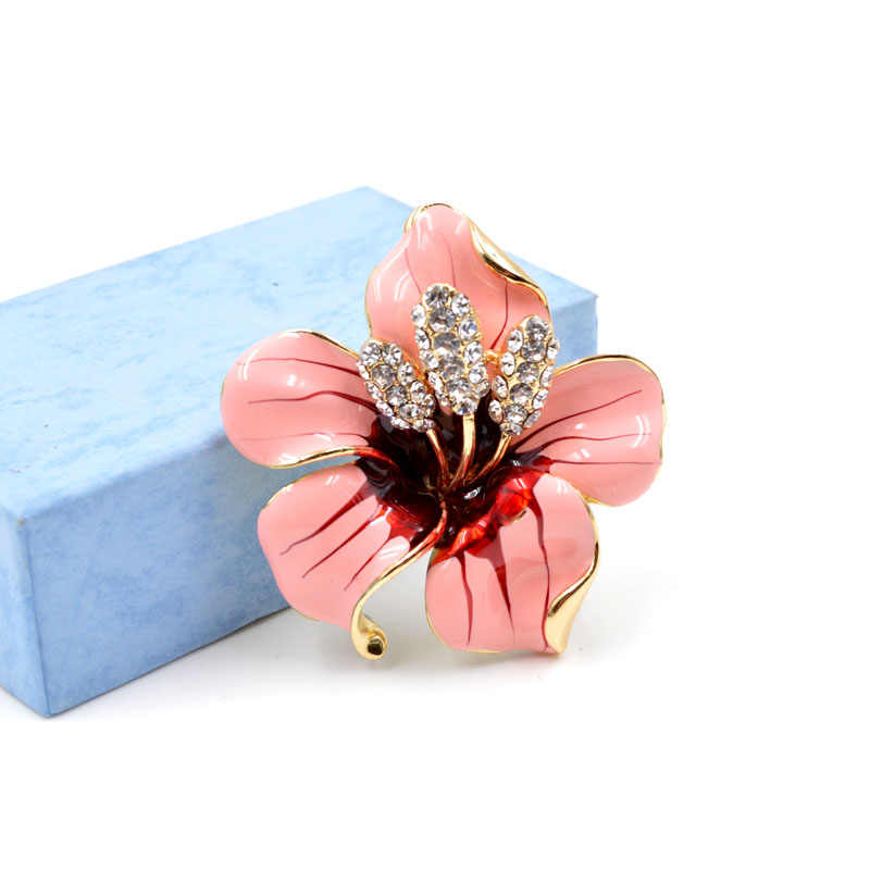 Muda Tulip Mulia Colorful Enamel Bunga Bros untuk Wanita Segar Kancing Pin Aksesori Lencana Perhiasan Wanita Hadiah Lucu