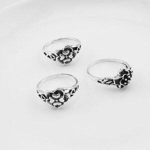 Image 4 - 100 יח\חבילה לערבב רטרו טבעת סיטונאי פרח קסם עתיק כסף מצופה הצהרת קטן בציר טבעת לנשים וגברים