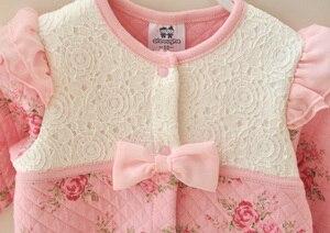 Image 4 - Appena nato del bambino della ragazza vestiti 0 3 6 9 mesi vintage floral cotton lace ruffle pagliaccetto infantile molla del bambino della tuta della ragazza set di compleanno