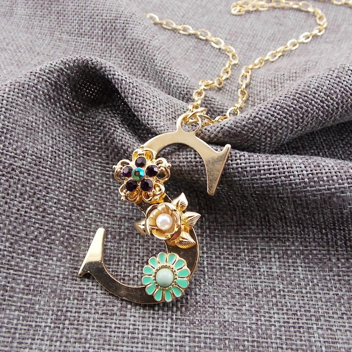 3 pclot free shipping 2015 new arrival fashion delicate country 3 pclot free shipping 2015 new arrival fashion delicate country style gold plated flower initial letter s pendant necklace in pendant necklaces from aloadofball Choice Image