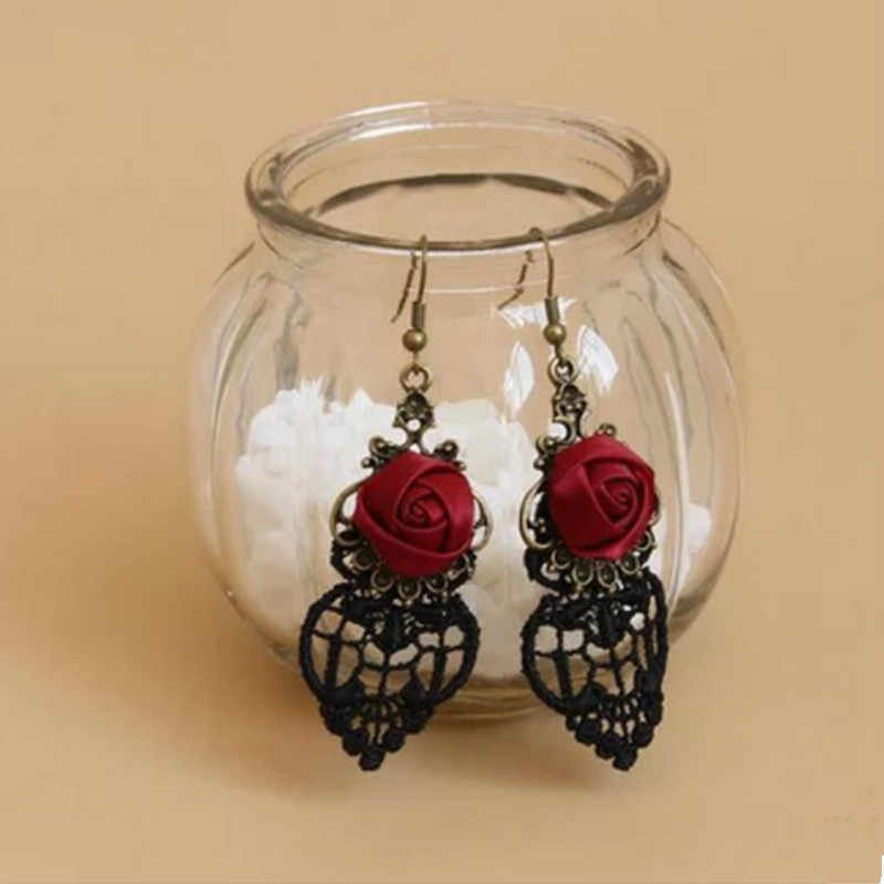 2017 Gothic Dangle Earrings Medieval Retro Vampire Silk Red Rose Lace Elegant Party Costume Ball Drop Earrings Women Jewelry
