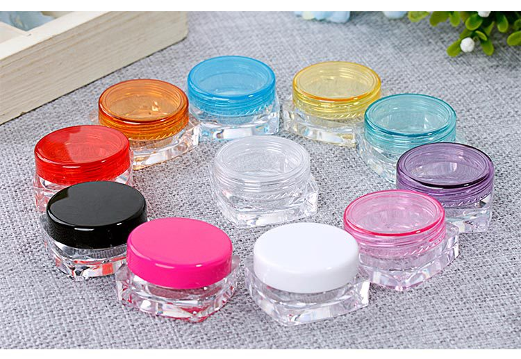 Купить с кэшбэком 1000pcs Clear Outdoor Travel Portable Round Empty Plastic Cosmetic Container 5g Small Packing Cream Jars Pot Loose Powder Case
