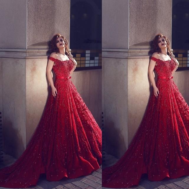 Luxo Líbano Árabe Dubai Darek Vermelho Frisado do Baile de finalistas Vestidos de 2017 Do Vintage Formal Evening Party Dress Lace Sash Vestidos de Baile de Cristal
