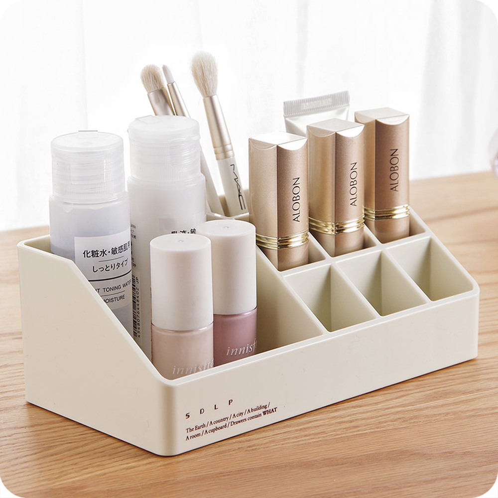 Simple desktop plastic cosmetics storage