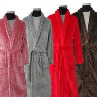 Nouvelle Arrivée Amateurs De Luxe Soie Flanelle Hiver Long Peignoir Hommes Kimono Peignoir Hommes Femmes Nuit Robe de Chambre Mâle Peignoirs