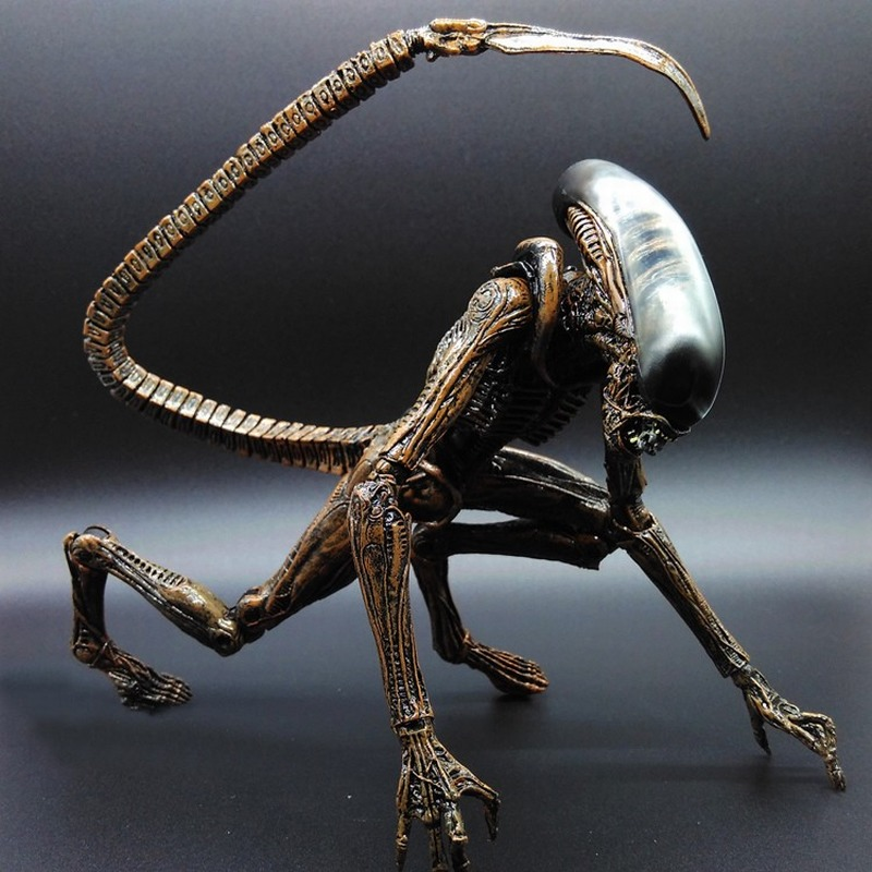 NECA Alien vs Predator Ultra PVC Model Action Figure Doll Toy For Collection 23CM цена и фото